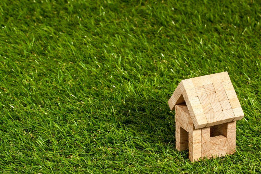 skilsmisse hvordan gør man fast ejendom