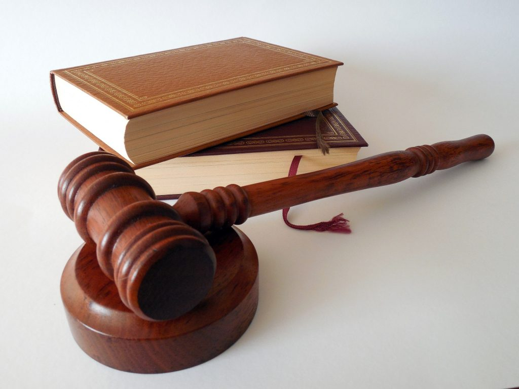 retssag juridisk rådgivning